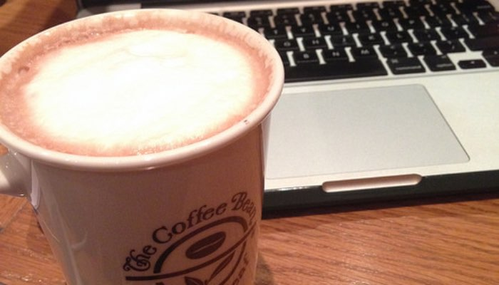 The coffee bean and tea leaf hot chocolate